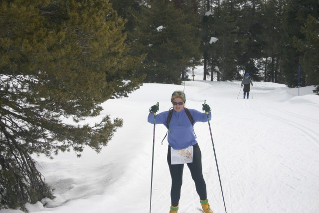 Brenda Giese skiing on the Blue course.
