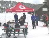 Registration and E-punch download area at the 2004 Bear Valley Ski-O (Photo: Tapio Karras)